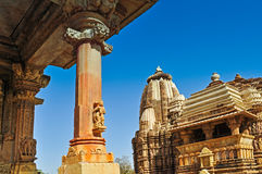 Beeldhouwwerken van de Tempel van Kandariya Mahadeva, Khajuraho, India Stock Fotografie