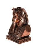 Beeldje van Egyptische Tutankhamun op witte achtergrond stock foto