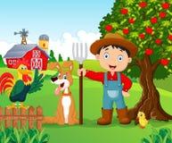 Beeldverhaal weinig jongen en hond in het landbouwbedrijf vector illustratie