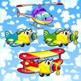 Beeldverhaalvliegtuigen en helikopter in de hemel. Stock Foto's