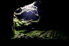 Beenden Sie von der Höhle stockfotos