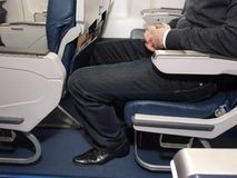 Beenruimte op lijnvliegtuig royalty-vrije stock afbeelding