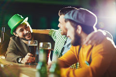 Beer conversation Royalty Free Stock Photography