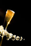 Beer with foam and popcorn Royalty Free Stock Photos
