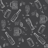 Beer hand-drawn doodle collection seamless pattern Stock Photography