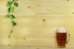 Beer and hops Stock Photography