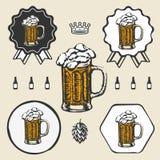 Beer mug cup vintage retro symbol emblem label Royalty Free Stock Photos