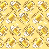 Beer mugs pattern Royalty Free Stock Photography