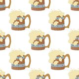 Beer mugs, seamless. Seamless background with cartoon wooden beer mugs with foam Royalty Free Stock Images