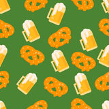 Beer and pretzel pattern Royalty Free Stock Photos