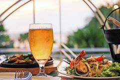 Beer and seafood Royalty Free Stock Photos