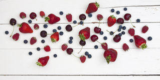 Beeren u. Kirschen Stockbilder