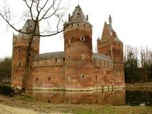 Beersel slott (Belgien) royaltyfri fotografi