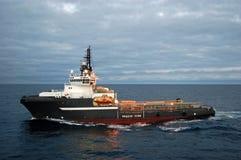 Befestigen Sie das Handhaben von halb submergible in der Nordsee Stockfotos