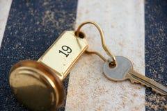 befestigen Sie zu Raum 19 des Strandurlaubsorts Lizenzfreies Stockfoto