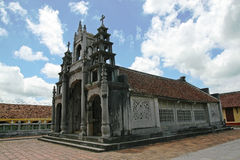 Beffroi d'une église de faire-de-pierre image libre de droits