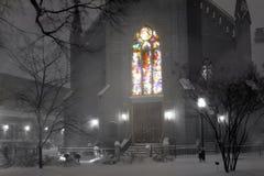 befläckte glass snowfall arkivbild