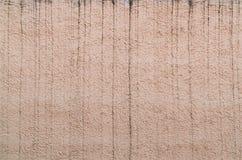 Befleckt die raue Wandfarbe Spannish, die durch Wasser ruiniert wird Stockfotos