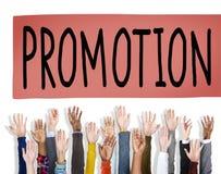Befordran som marknadsför belöningbegrepp för kommersiell advertizing Fotografering för Bildbyråer