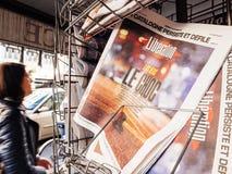 Befreiungs-Franzose-Presse über Las Vegas-Streifenschießennachrichten 2017 Stockfotos