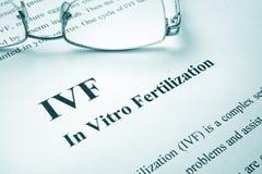 Befruktning för IVF in vitro arkivfoto