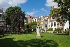 Begijnhof教堂,阿姆斯特丹庭院  免版税库存照片