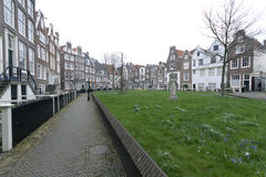 Begijnhof στο πτωχοκομείο του Άμστερνταμ στο Άμστερνταμ στοκ εικόνες