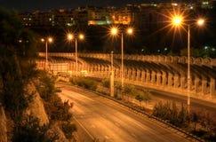Begin 's nachts met snelweg Royalty-vrije Stock Afbeeldingen