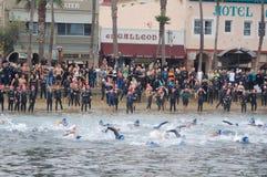 Begin van een Triathlon Stock Foto's