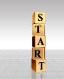 Beginnen Sie in den goldenen Würfeln mit Reflexion Lizenzfreie Stockbilder