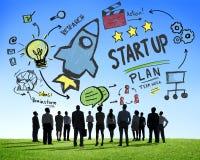 Beginnen Sie oben Geschäfts-Produkteinführungs-Erfolgs-Geschäfts-Aspirations-Konzept lizenzfreies stockfoto