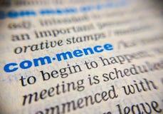 Beginnen Sie Wörterbuchbedeutung Stockfotos