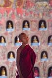 Beginner bij het Klooster van Shwe Yan Phe Stock Foto