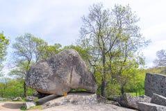Beglik Tash - formação de rocha da natureza, um santuário pré-histórico da rocha Imagem de Stock