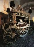 Begräbniswagen Louis XV an Versailles-Palast lizenzfreie stockfotos