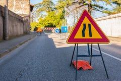 Begränsa för vägmärkegränd fotografering för bildbyråer