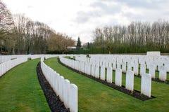 Begraafplaats gevallen militairenwereldoorlog i Vlaanderen België stock foto's