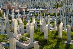 Begraafplaats in Sarajevo, Bosnië-Herzegovina Royalty-vrije Stock Foto's