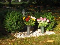 Begraafplaatsdecoratie in de herfst Stock Afbeeldingen