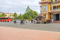 Begrafenis in Cao Dai Holy See Temple, Tay Ninh-provincie, Vietnam royalty-vrije stock foto's