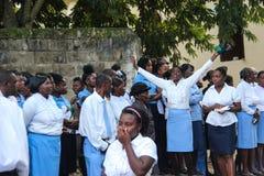 Begrafenisoptocht in landelijke Robillard, Haïti royalty-vrije stock foto