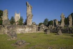 Begrava domkyrkan för St Edmunds Abbey Remains och för St Edmundsbury royaltyfri bild