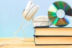 Begrepp av audiobook Arkivfoto
