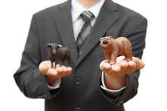 Begrepp av björnaktiemarknaden nedgångtid Arkivfoton