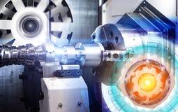 Begrepp av den abstrakta teckningen av kugghjul och den automatiserade moderna maskinen med CNC för numerisk kontroll royaltyfri foto