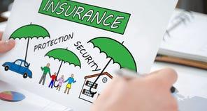 Begrepp av försäkring på ett papper royaltyfri fotografi