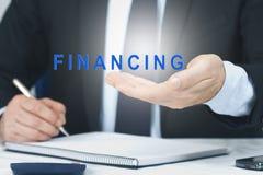 begrepp av finansiering arkivfoton