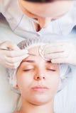 Begrepp av medicinsk behandling av föryngring och skincare Royaltyfri Fotografi