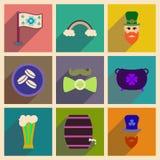 Begrepp av plana symboler med lång skugga St Patrick & x27; s-festival Arkivfoto