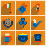 Begrepp av plana symboler med långa skuggaSts Patrick festival Royaltyfri Bild